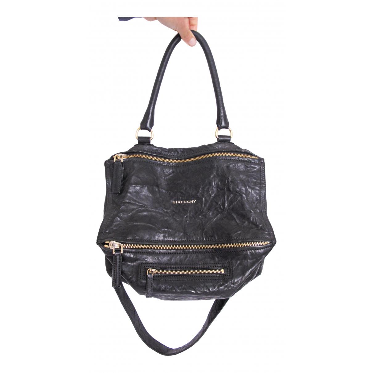 Givenchy Pandora Handtasche in  Schwarz Leder