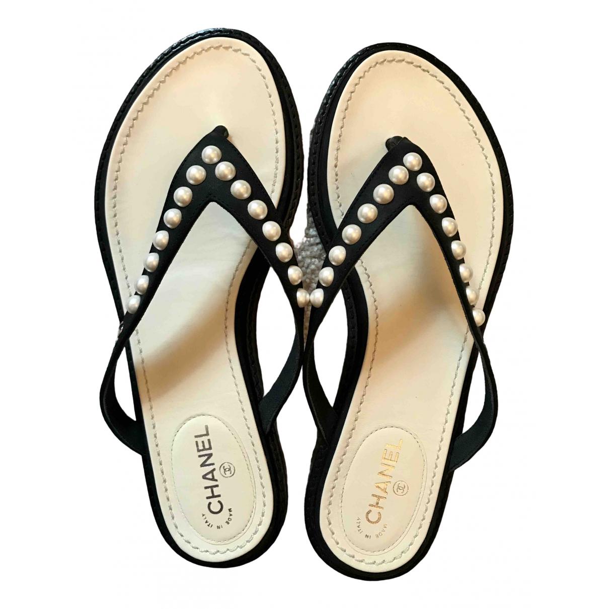 Chanel \N Black Leather Sandals for Women 36 EU
