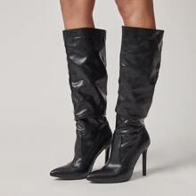 Minimalist Stiletto Heeled Knee Boots
