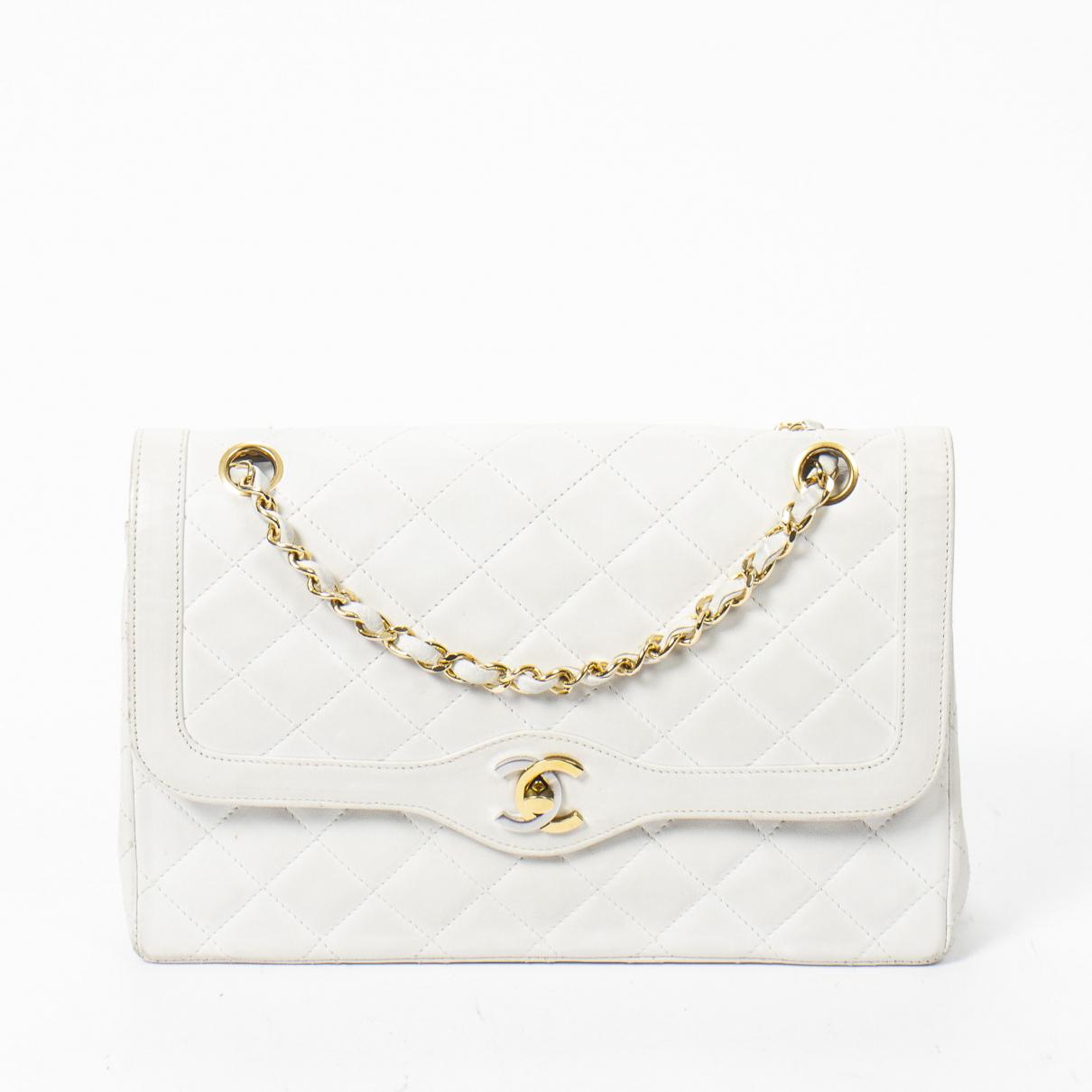 Chanel Timeless/Classique White Leather handbag for Women \N