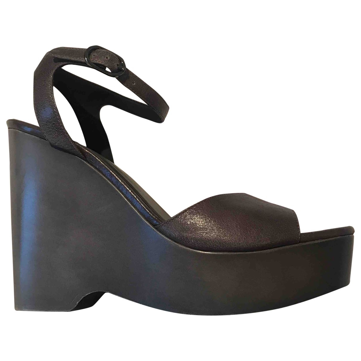 Chanel \N Grey Leather Sandals for Women 40 EU