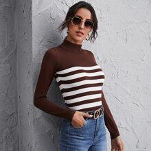 Pullover mit Stehkragen und Streifen