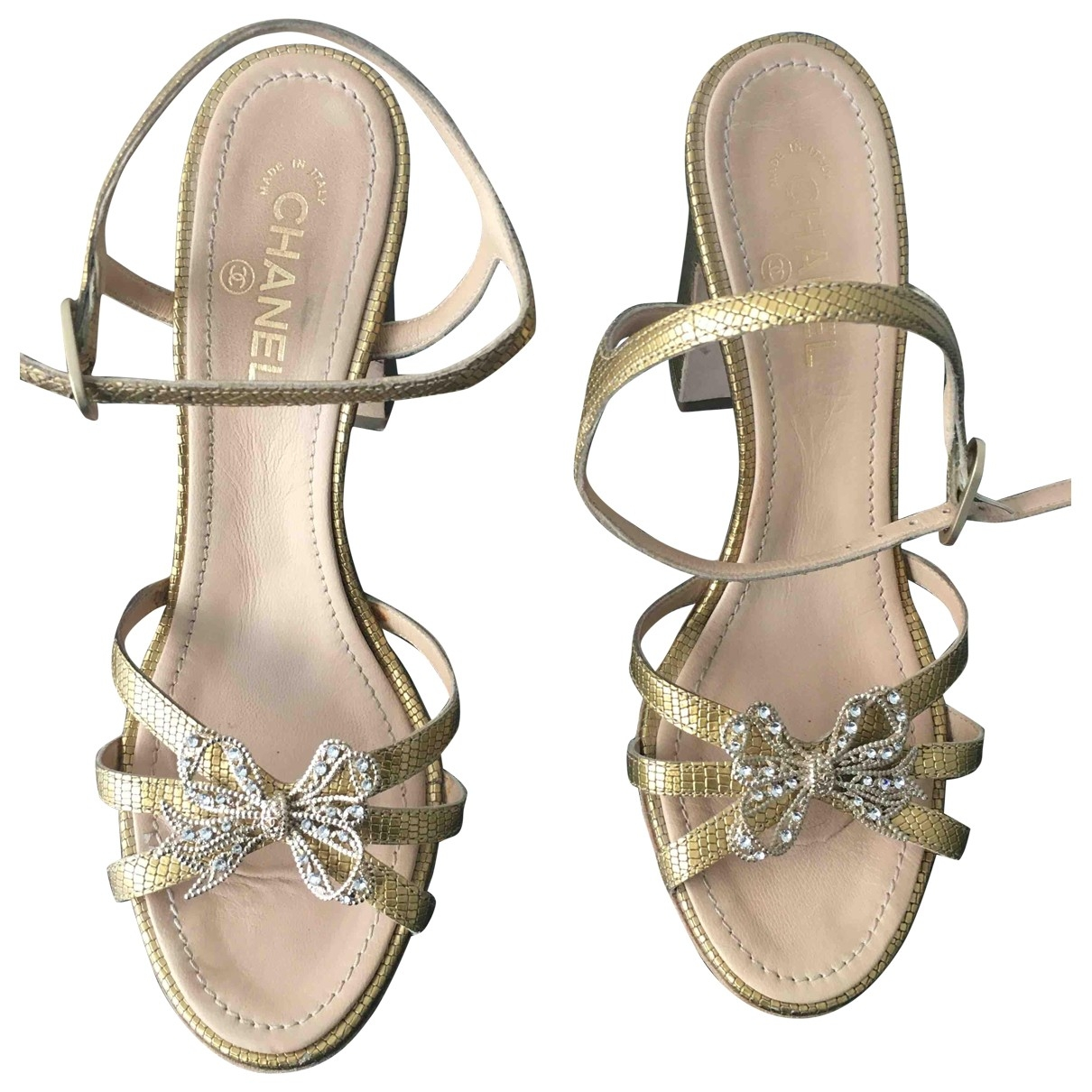 Chanel \N Gold Leather Sandals for Women 37 EU