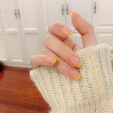24 Stuecke Kuenstlicher Nagel & 1 Stueck Nagelfeile & 1 Blatt Zweiseitiges Klebeband