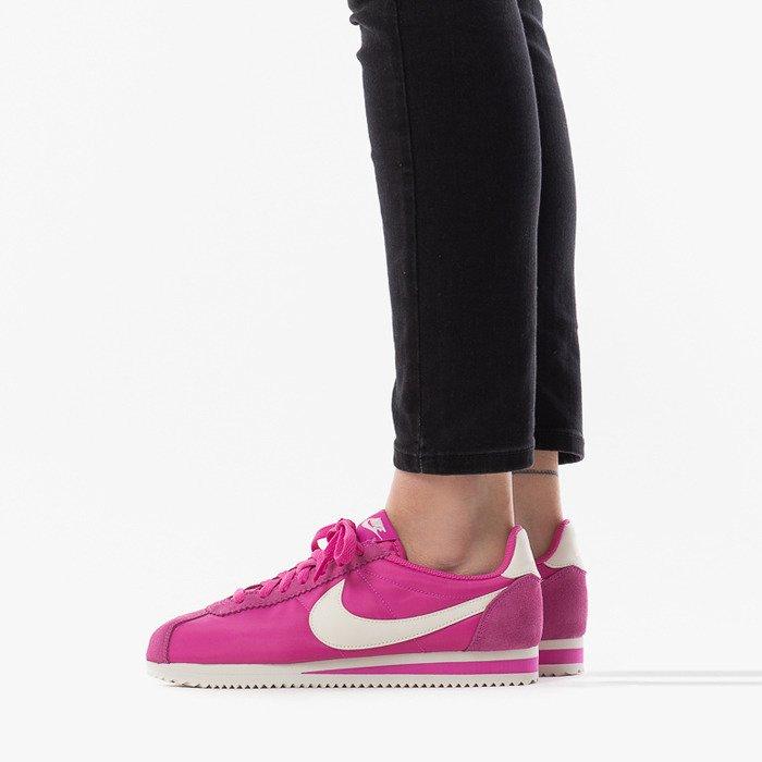 Nike Wmns Classic Cortez Nylon 749864 609