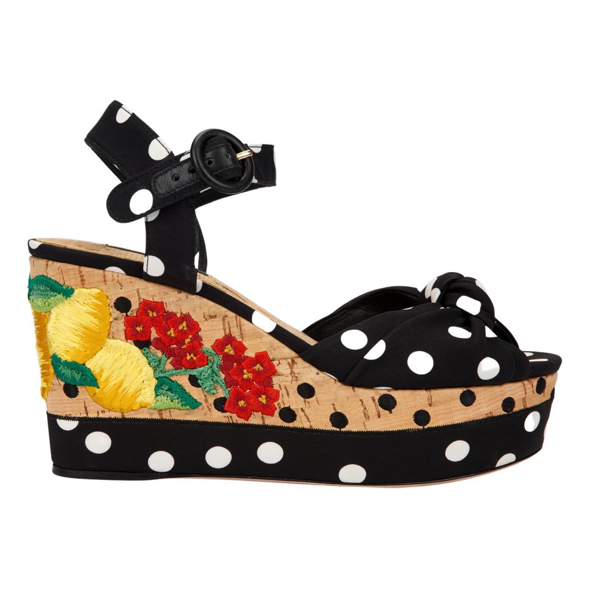 Dolce & Gabbana \N Sandalen in  Schwarz Leinen