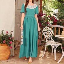 A-Linie Kleid mit Kontrast Spitze und Bogenkante
