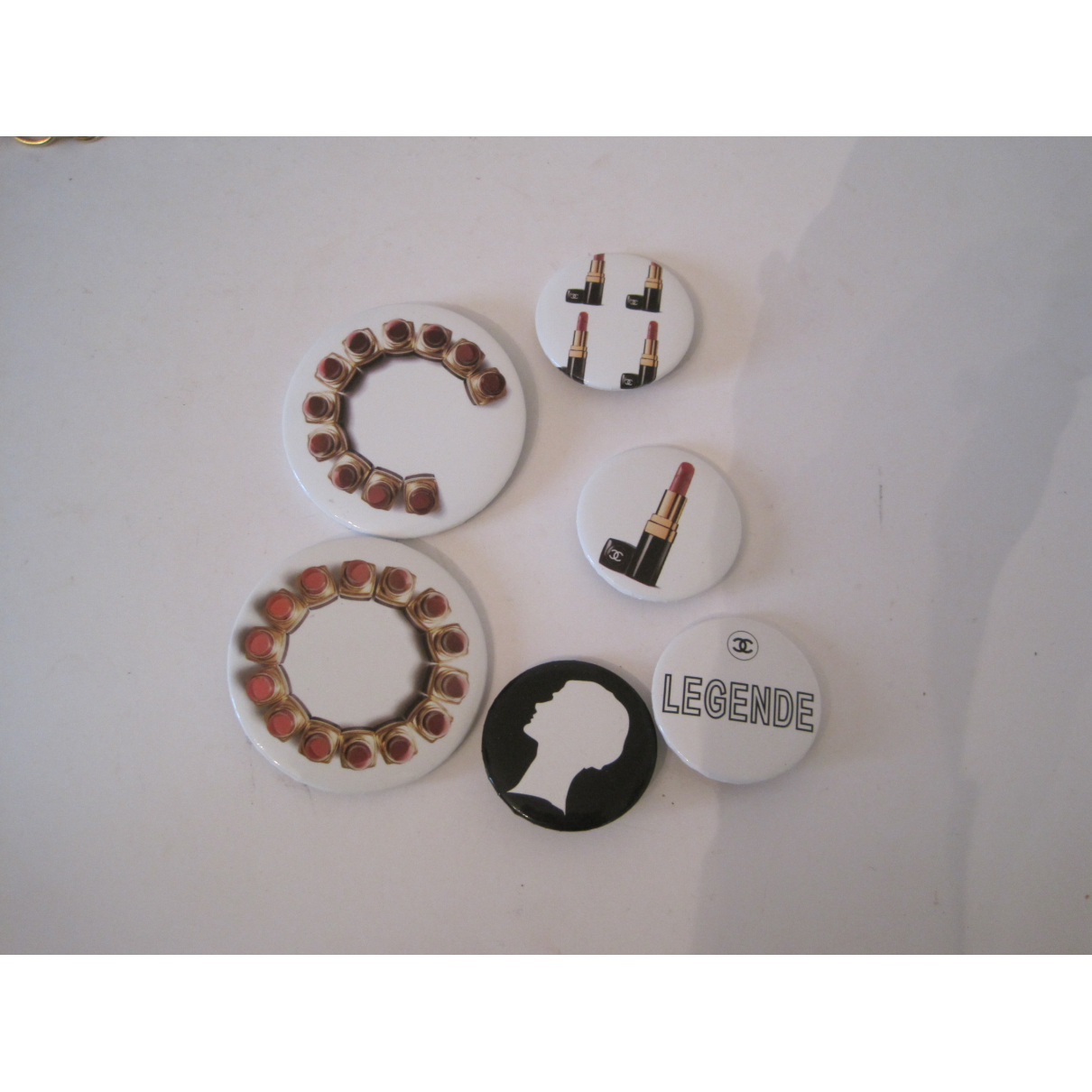 Chanel \N Multicolour Metal Pins & brooches for Women \N