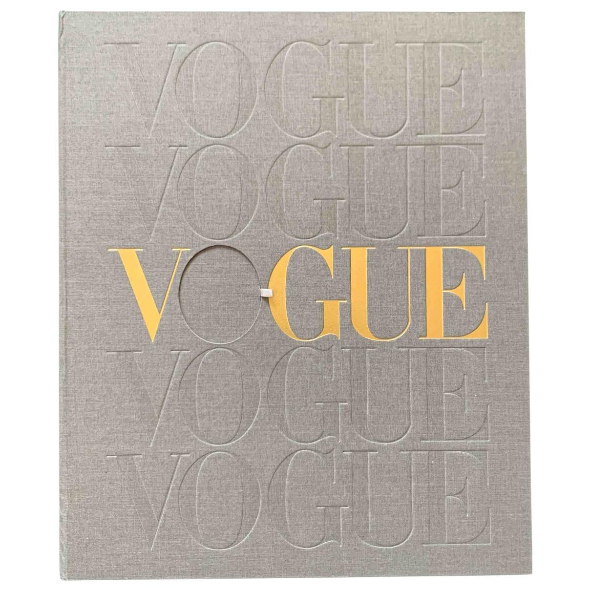 Vogue - Mode   pour lifestyle en autre