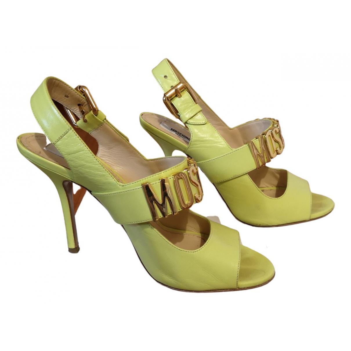 Moschino \N Sandalen in  Gruen Leder
