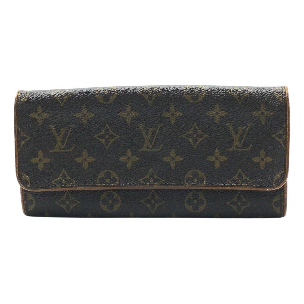 Louis Vuitton Twin Clutch in  Braun Leinen