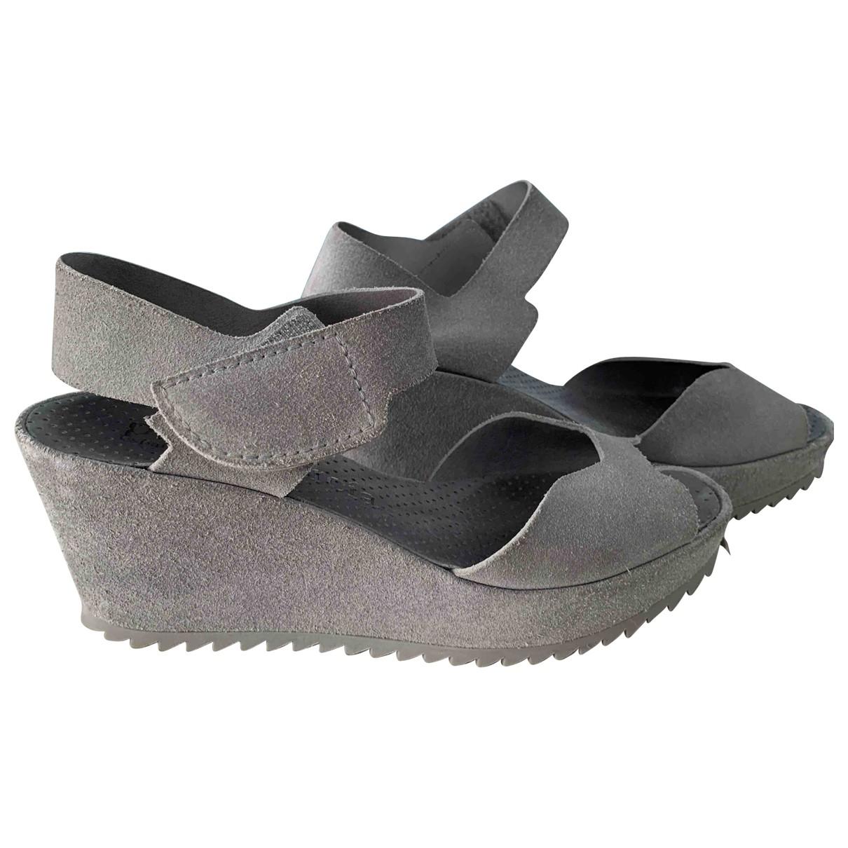 Pedro Garcia \N Grey Suede Sandals for Women 38 EU