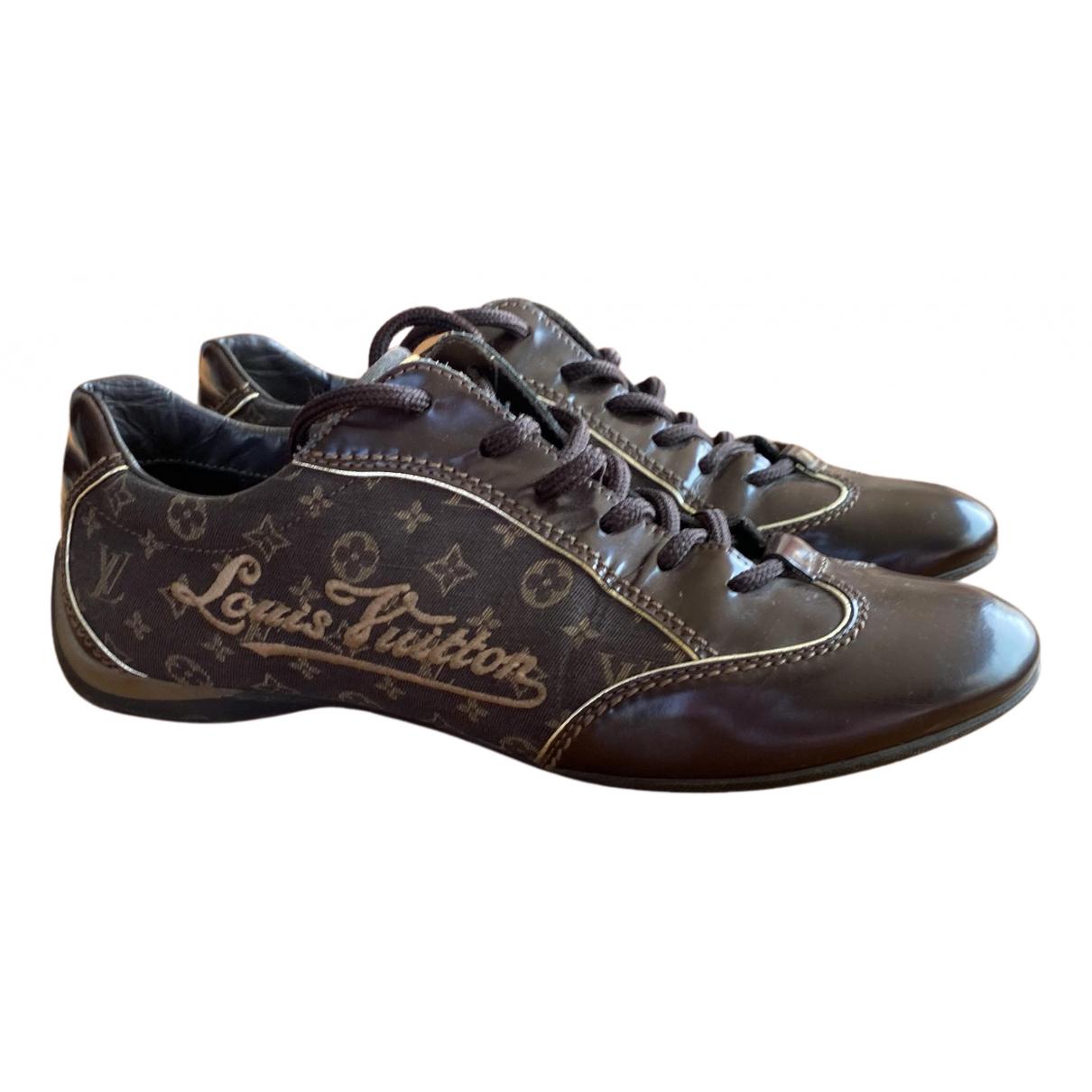 Louis Vuitton N Brown Cloth Trainers for Women 35.5 EU