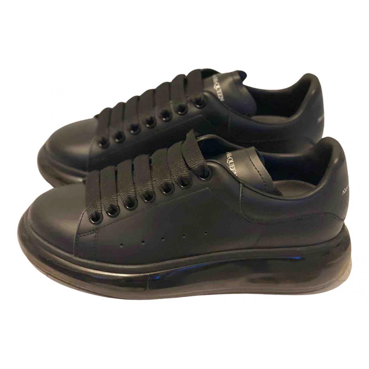 Alexander Mcqueen - Baskets Oversize pour femme en cuir - noir