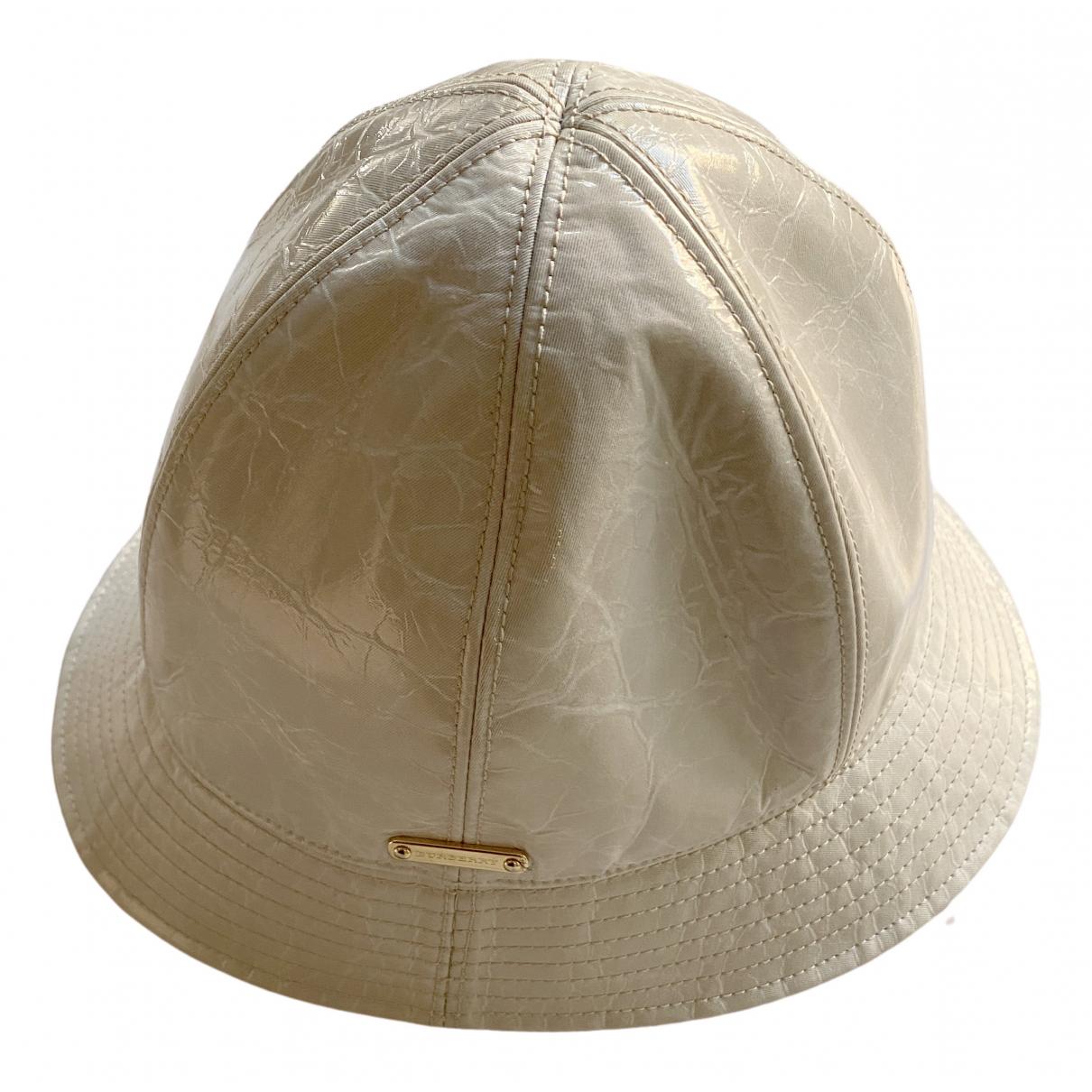 Sombrero de Charol Burberry