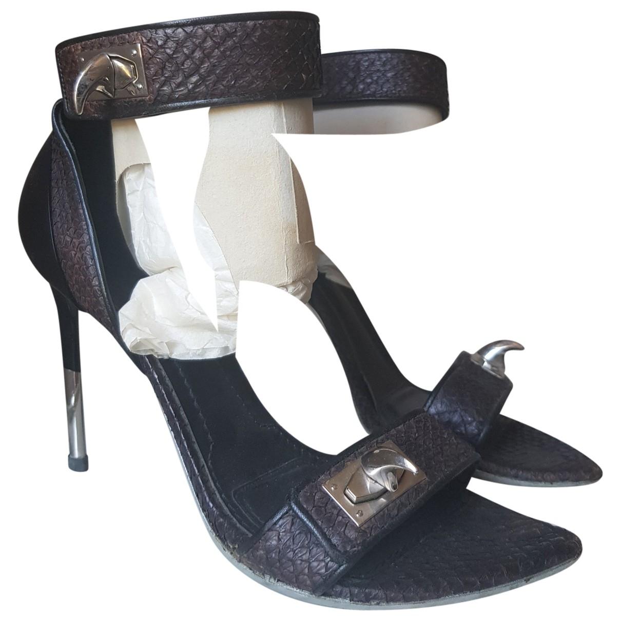 Sandalias Shark de Piton Givenchy
