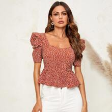 Puff Sleeve Ditsy Floral Peplum Top