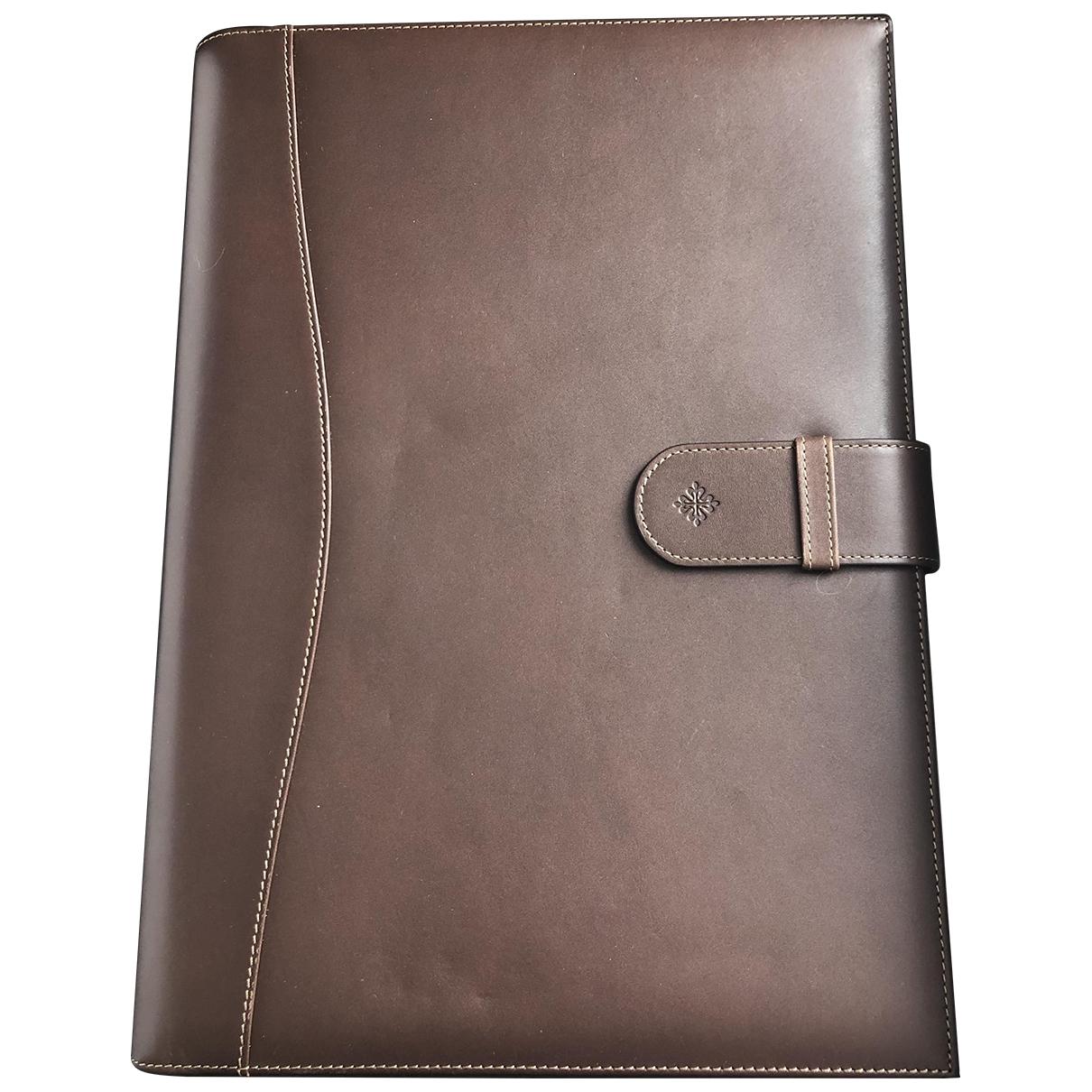 Patek Philippe - Objets & Deco   pour lifestyle en cuir - marron