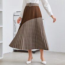 Falda con cinturon fruncido de dos colores