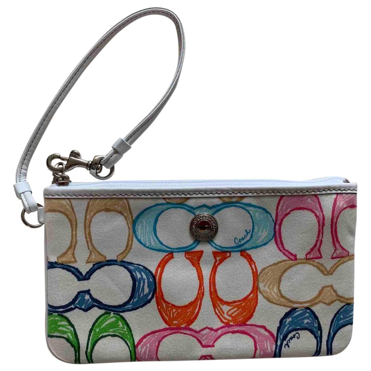 Coach \N White Cloth Clutch bag for Women \N