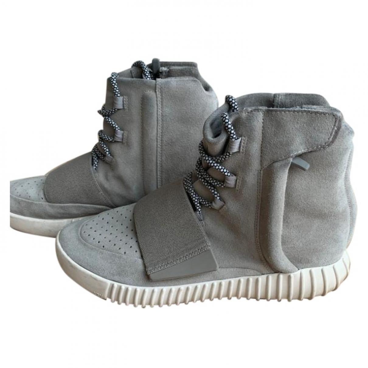 Yeezy X Adidas - Baskets Boost 750  pour homme en suede - gris