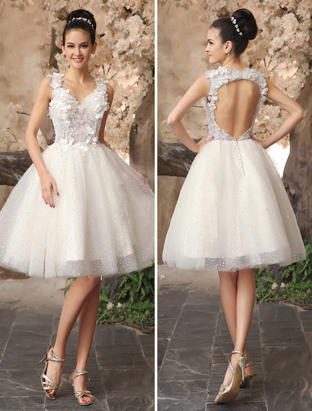 Milanoo Ivory Backless Lace Applique Tulle Sequins Wedding Dress