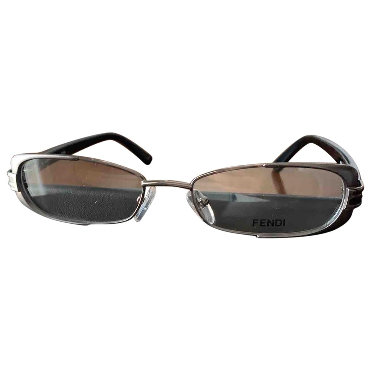 Fendi \N Sonnenbrillen in  Silber Kunststoff