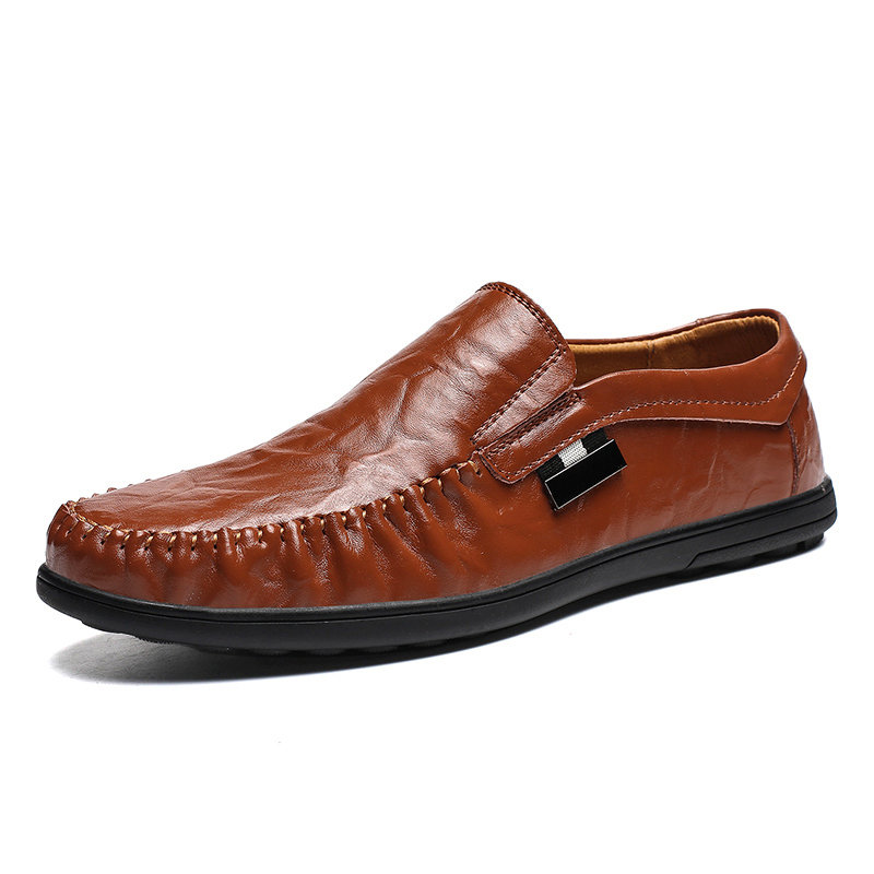 Men Stitching Moc Toe Soft Sole Slip On Casual Leather Loafers