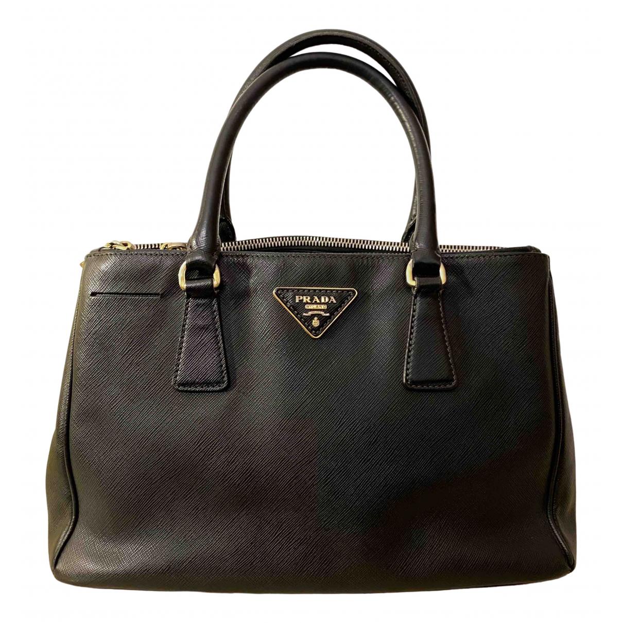 Prada Galleria Black Leather handbag for Women \N