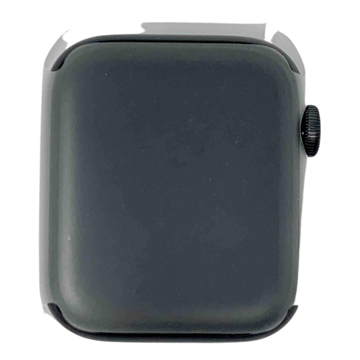 Apple Apple Watch 44mm Uhr in  Schwarz Stahl