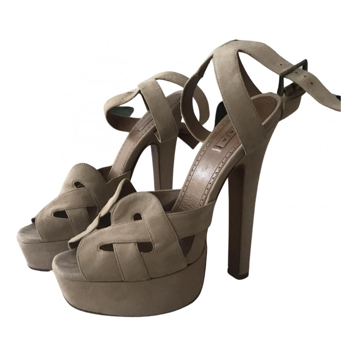 Alaia - Sandales   pour femme en suede - beige