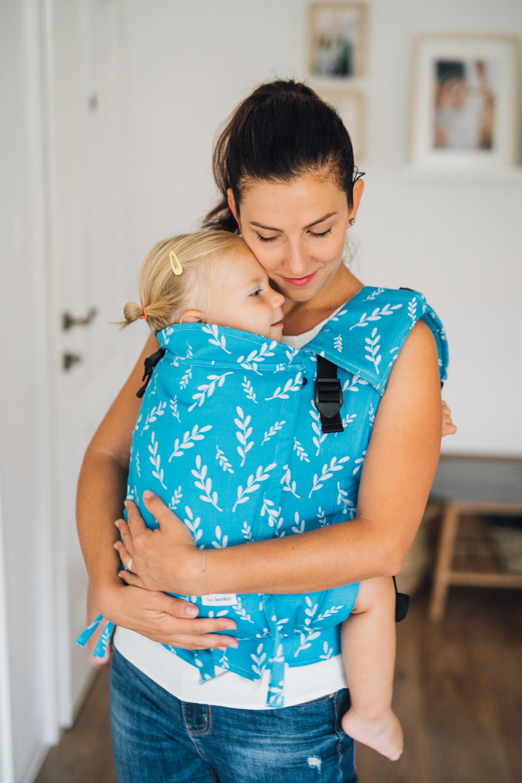 Babytrage Be Lenka 4ever -  Blaetter - Azurblau Klassiker ohne die Moglichkeit der Uberquerung