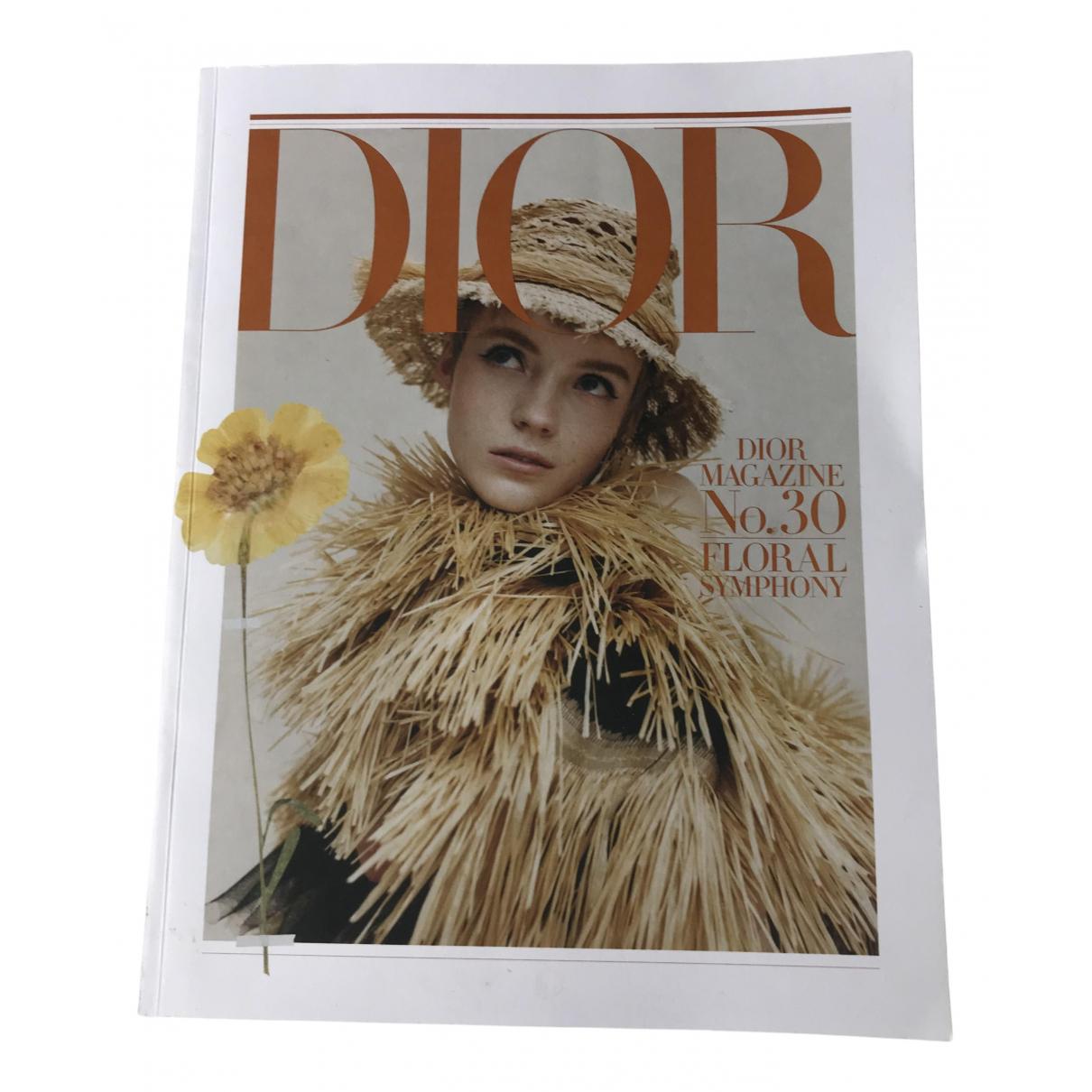 Dior - Mode   pour lifestyle en autre - multicolore