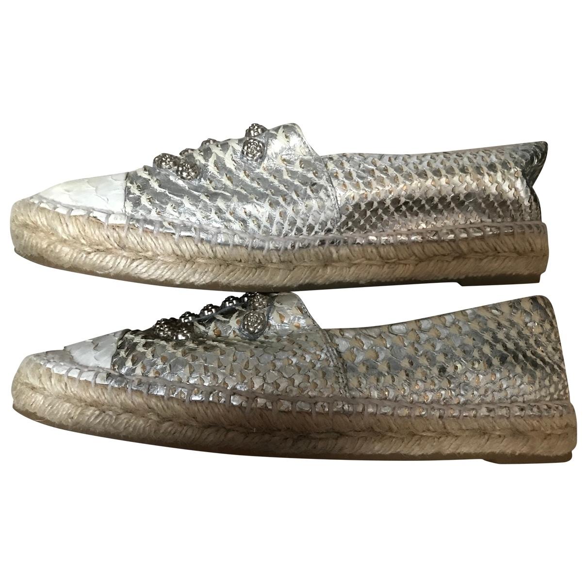 Chanel \N Espadrilles in  Silber Python