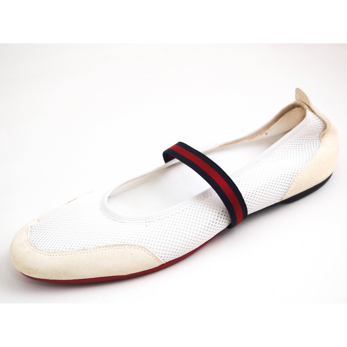 Gucci \N Beige Suede Ballet flats for Women 40 EU