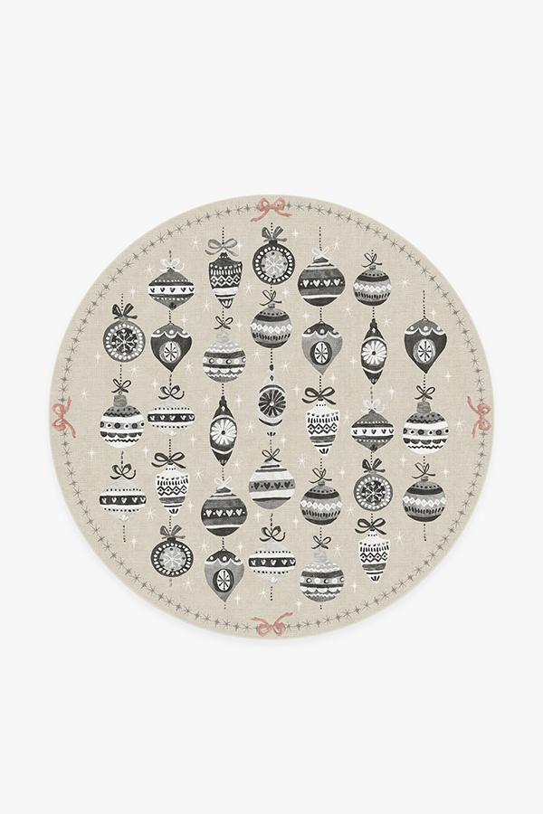 Washable Rug Cover | Festive Garland Warm Grey Rug | Stain-Resistant | Ruggable | 6' Round