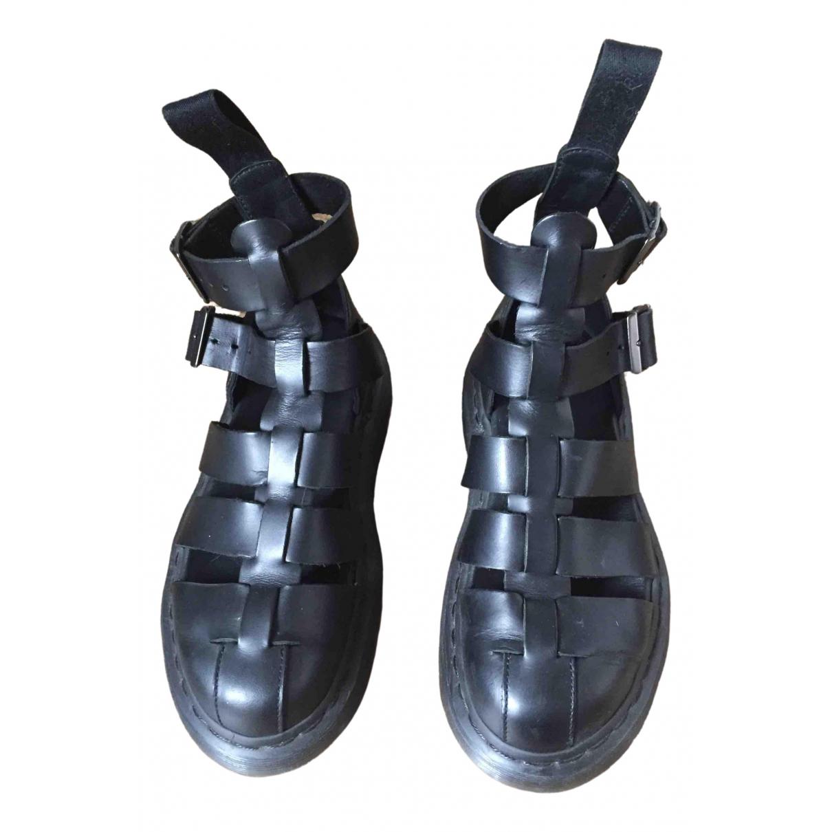 Sandalias romanas de Cuero Dr. Martens