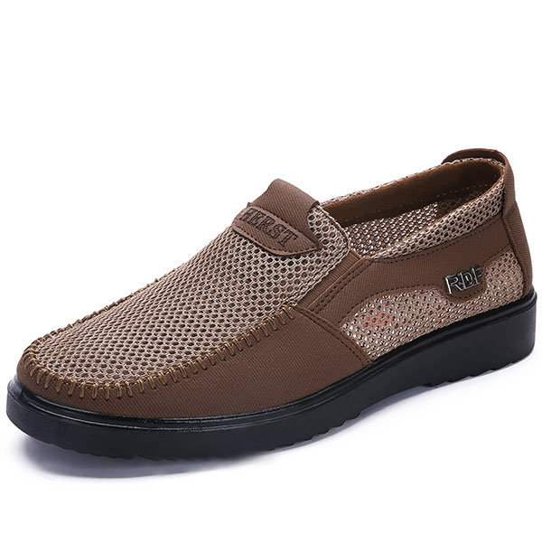 Men Mesh Splicing Comfortable Soft Sole Slip On Casual Shoes