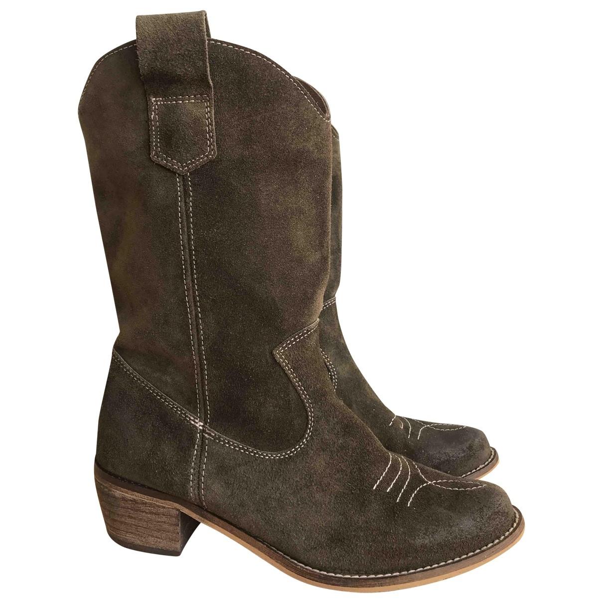 Non Signé / Unsigned \N Khaki Suede Boots for Women 36 EU