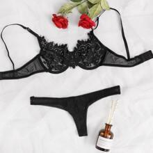 Contrast Mesh Floral Lace Underwire Lingerie Set