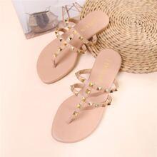 Sandalen mit Nietbolzen Dekor