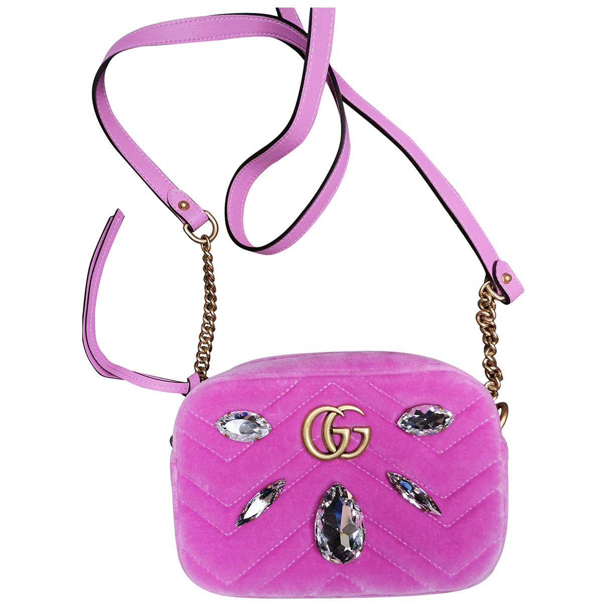Gucci Marmont Handtasche in  Rosa Samt