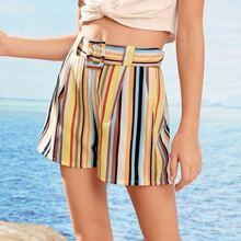 Shorts de niñas con cinturon con hebilla de rayas