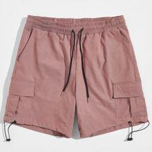 Men Drawstring Detail Flap Pocket Shorts