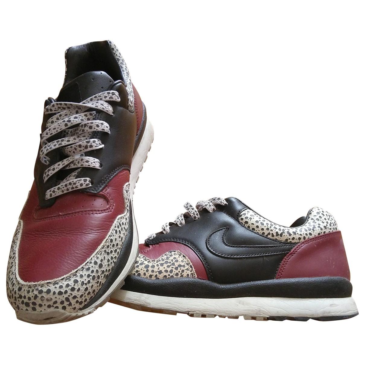 Nike Air Safari Sneakers in  Bunt Leder