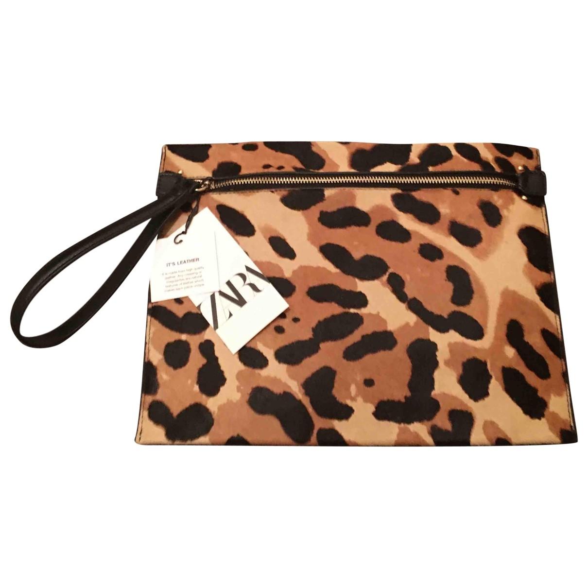 Zara \N Pony-style calfskin Clutch bag for Women \N