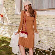 Rippenstrick Pullover Kleid mit breitem Taillenband
