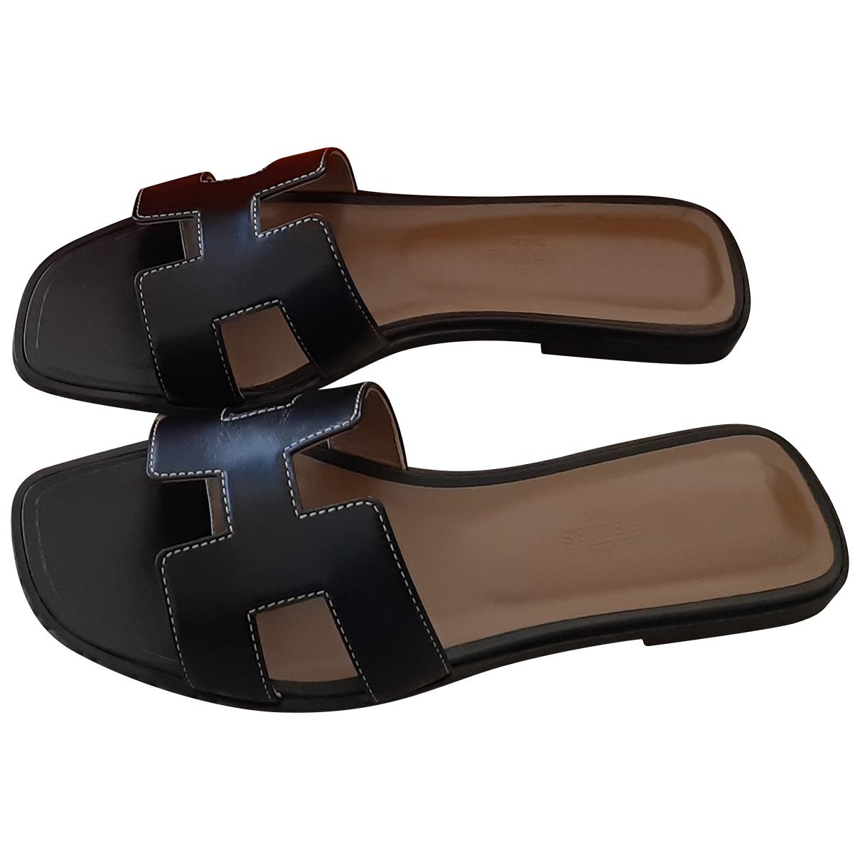 Hermes - Sandales Oran pour femme en cuir - noir