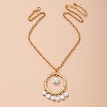 Collar redondo con perla artificial