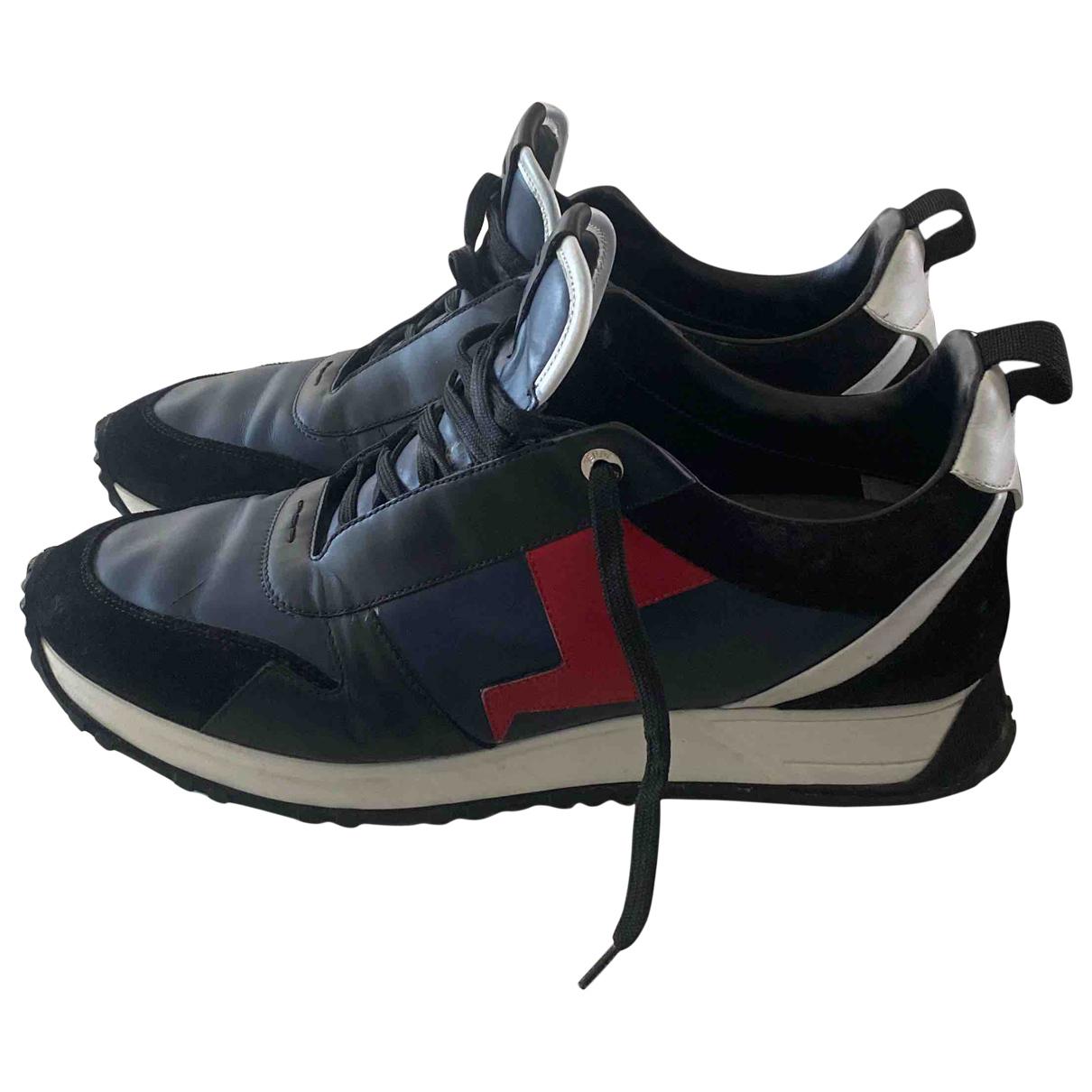 Fendi \N Sneakers in  Marine Leder